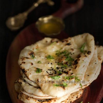Homemade Tawa Naan Yeast Free | Vegan Naan | Eggless Naan